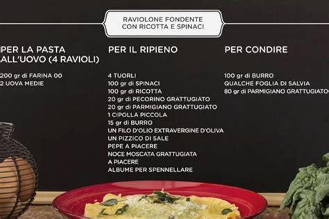 cucina giallo zafferano in cucina con giallo zafferano raviolone ricotta e spinaci