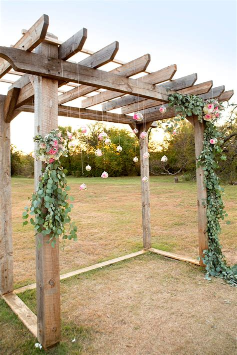 How To Decorate A Pergola For A Wedding by Wow Pergola Diy Eucalyptus Garland With Floral Hanging