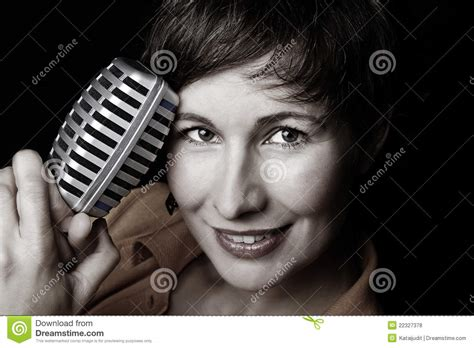 female rock singers with short hair female rock singers with short hair female rock singers
