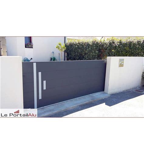 Decoration Inox portail alu coulissant gamme contemporaine avec d 233 coration