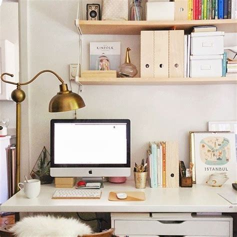 Pictures Of Organized Office Desks Desks And Workspaces Co