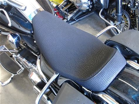 Harley Davidson Road King Seat by Custom Seats Harley Davidson Hd Roadking Flhr Flhrc