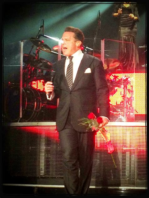 Miguel Concert Meme - 1000 images about luis miguel on pinterest english the