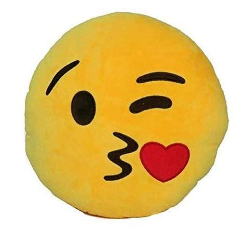 comforting emoticon 25 best ideas about kissy emoji on pinterest go emoji