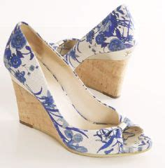 Field Designs For Payless Shoes by Floral Wedges On S Wedges Gianni Bini