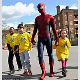 Emma Stone And Andrew Garfield Kids   634 x 669 jpeg 99kB