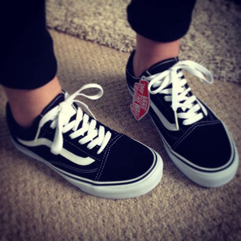 Vans Odl Scools skool vans my absolute favorite shoes wore these all