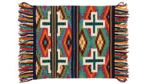 navajo rugs sedona navajo rug weavers i sedona monthly magazine