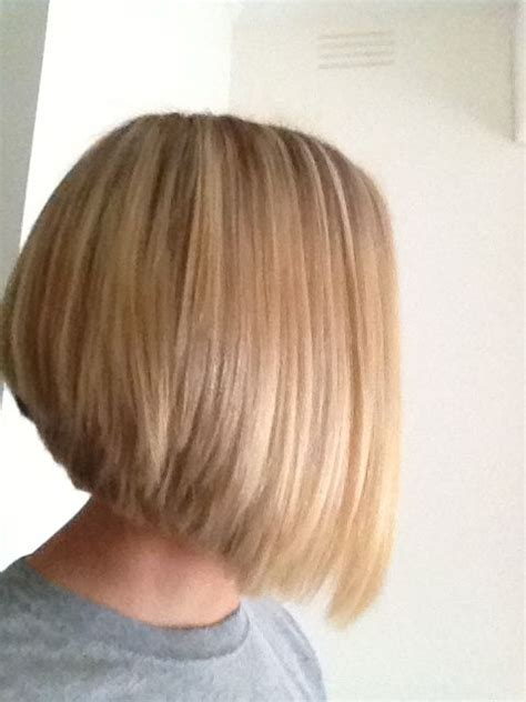 cute hair styles when growing out stacked best 25 reverse bob haircut ideas on pinterest reverse