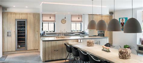 houten keuken nadelen keukeninspiratie houten keukens met eiland nieuws