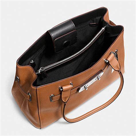 Coach Swagger 6675 2 An coach designer handbags coach swagger carryall in