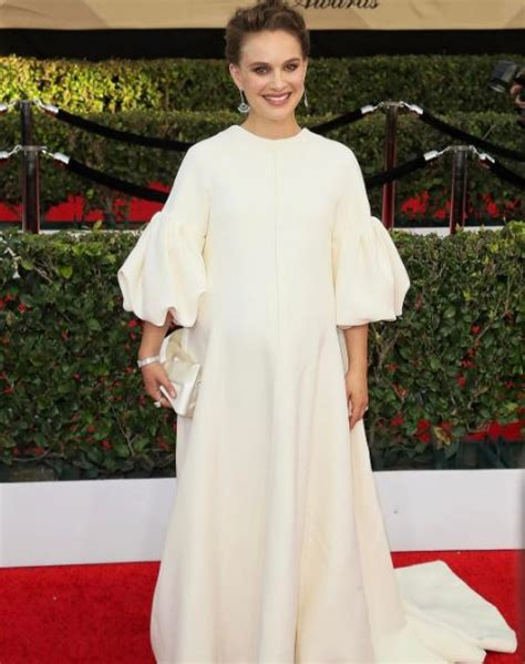 Maternity Gowns Get At Sag by Sag Awards Carpet Fashion On With Our Favorite Instagrams