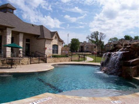 Corporate Apartments Near Grapevine Tx On The Creek Apartments Grapevine Tx Navika