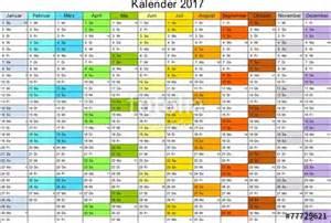 Kalender 2018 Feiertage Luxemburg Quot Kalender 2017 Universal Ohne Feiertage Quot Stockfotos Und