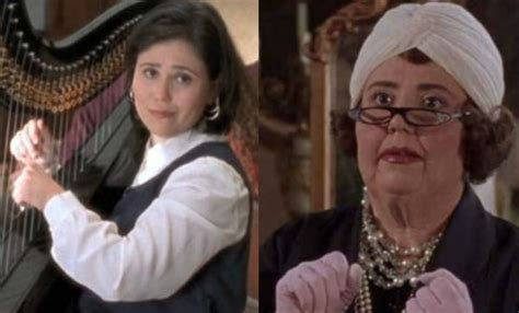 alex borstein gilmore girls 12 gilmore girls easter eggs to look out for as you