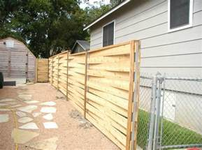 Horizontal Wood Fence Design Horizontal Fence Ideas Can Make A Smooth Transition From The Ground To The Sky And Make Your