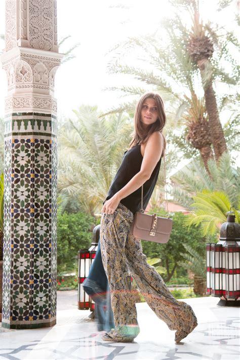 Dress Zara Tile palms tiles bikinis passports