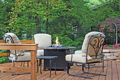 the lure of outdoor living