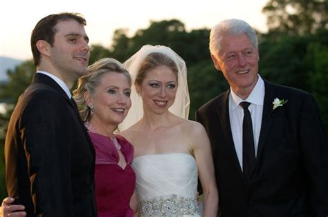 where do bill and hillary clinton live who is chelsea clinton meet hillary clinton s daughter