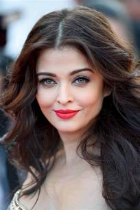 aishwarya eye color aishwarya bachchan s cannes festival 2014 looks