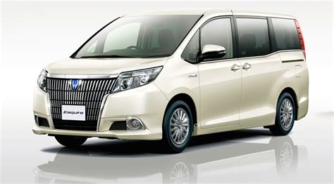 Toyota Esquire On Sale In Luxury Minivan Is