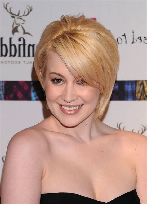 Pickler Hairstyles by Kellie Pickler Chic Haircut With