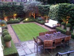Landscape Ideas For Small Gardens Best 25 Small Garden Design Ideas On Small Garden Landscape Simple Garden Designs