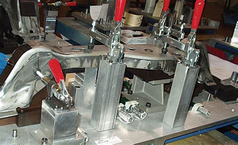 hold  whats   clamping  workholding