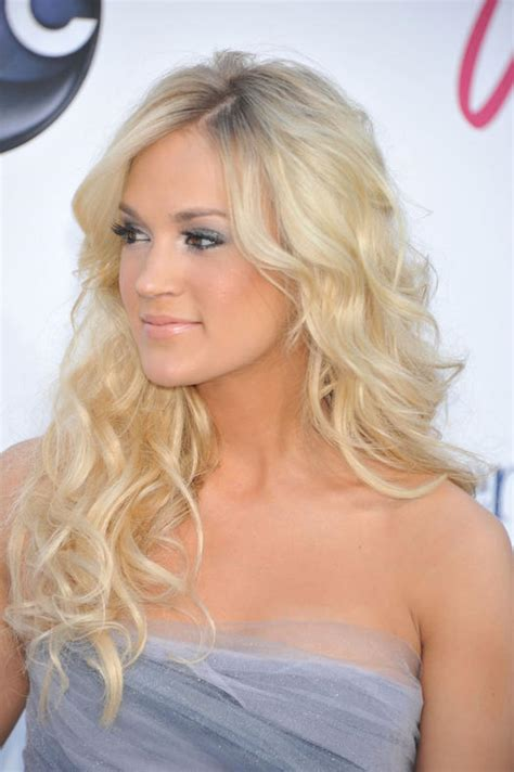 fv cutscuts haircut 15 carrie underwood hairstyles that blow us away more com