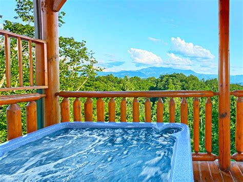 Pigeon Forge Cabins With Tub by Where To Find Best Mountain View Cabins In Pigeon Forge