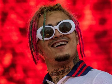 lil pump throws microphone at fan hiphopdx