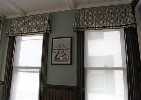 Dining Room Window Valances | the dining room windows the valances stately kitsch