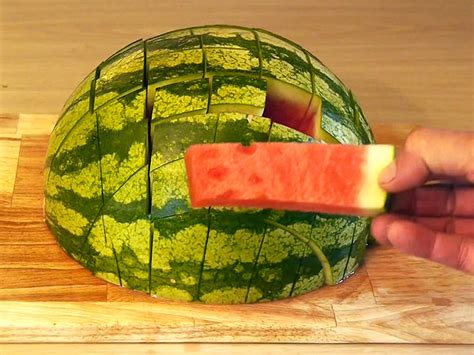 Watermelon Cutter Slice Right Tv Amc the right way to cut a watermelon great ideas