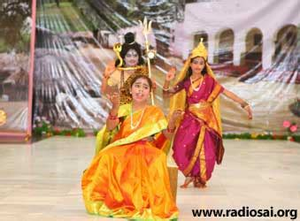 Ashanti And Idol Melodrama by Prashanti Diary Chronicles Of Heaven On Earth