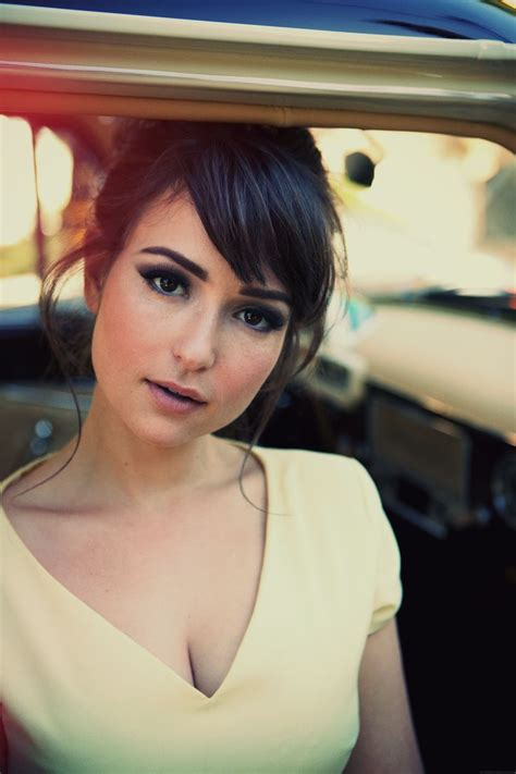lily adams att commercial girl milana vayntrub cute girl from at t commercials imdbabes