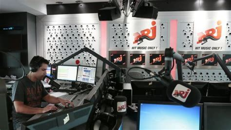 radio station radio station on air www pixshark images galleries