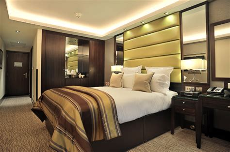 london hotel suites with 2 bedrooms suites in london 5 star hotel suites in london the