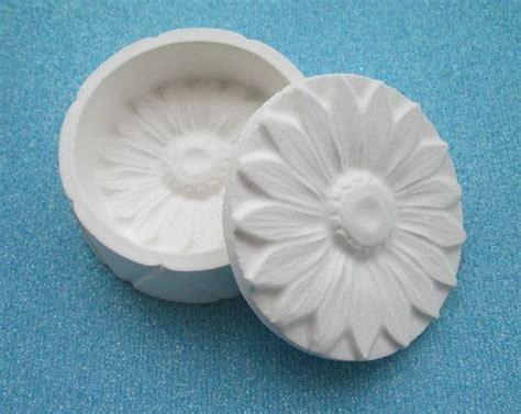 plaster of crafts 131 best plaster moulds images on plaster