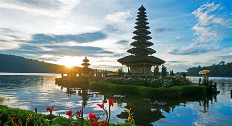 jetstar is hawking return flights to bali from 143 so you may as fkn well