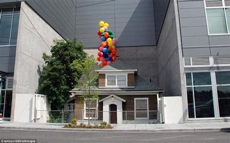 seattle up house edith macefield s up style house in seattle will finally face the wrecking ball
