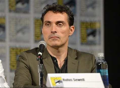 rufus sewell series rufus sewell photos photos original series quot the