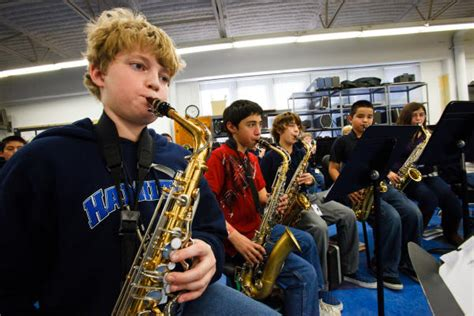 hisd schools scramble  pay  band instruments houston chronicle