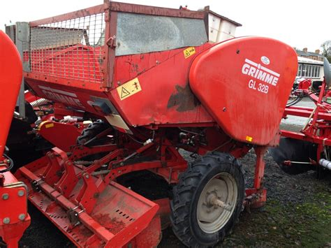 grimme planter gl 32 b grimme used potato machinery