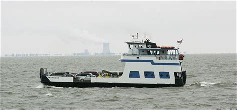ferry boat uses ferry traffic ends winter s grip on lake erie islands