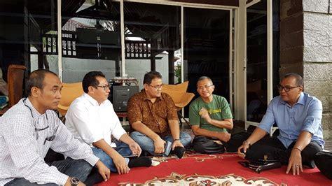 Lu Di Surabaya serikat media siber indonesia menopang kebebasan pers