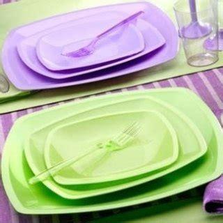 piatti e bicchieri di plastica colorati stoviglie monouso torino supermarket della carta