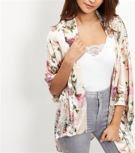 new look new look apricot pink floral print satin kimono satiny