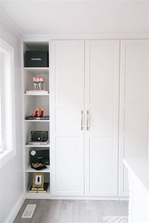 built in closet doors best 25 built in wardrobe ideas on bedroom