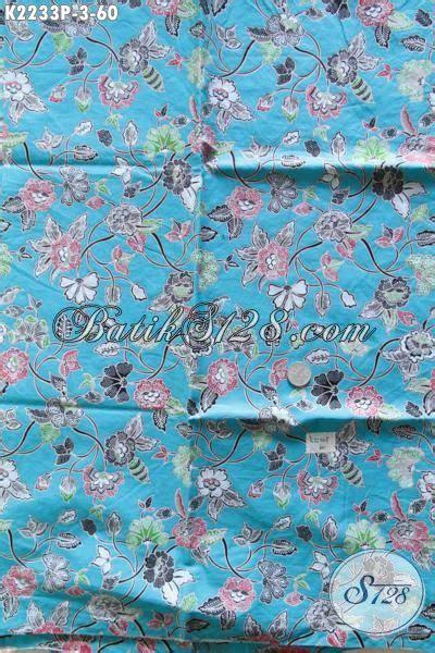 Kain Batik Garutan Warna Biru kain batik warna biru muda berpadu motif bunga yang keren cocok banget untuk bahan busana