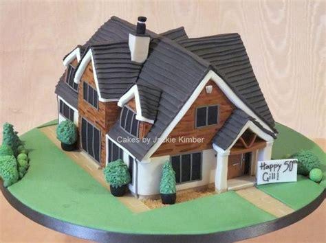 house cake design 83 best 2 house cakes images on pinterest house cake amazing cakes and cake decorating